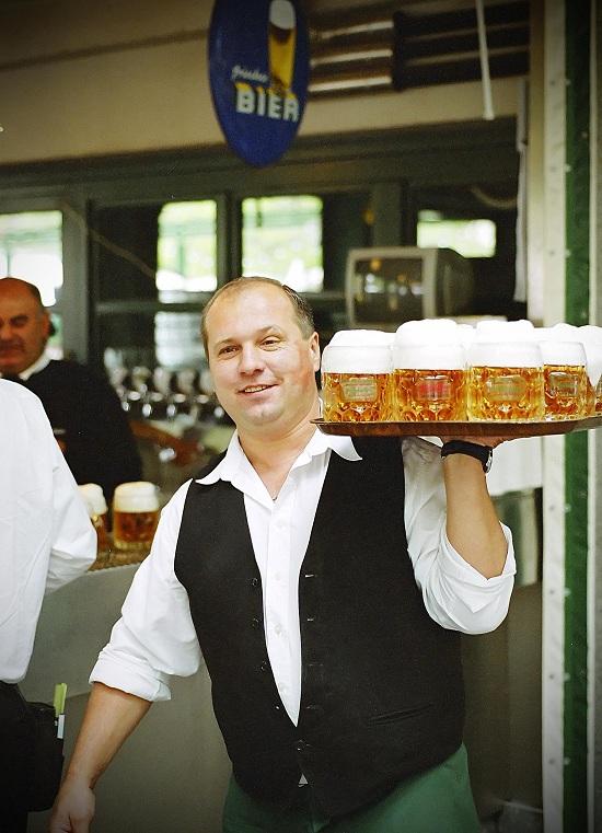 Работа официантом в Испании