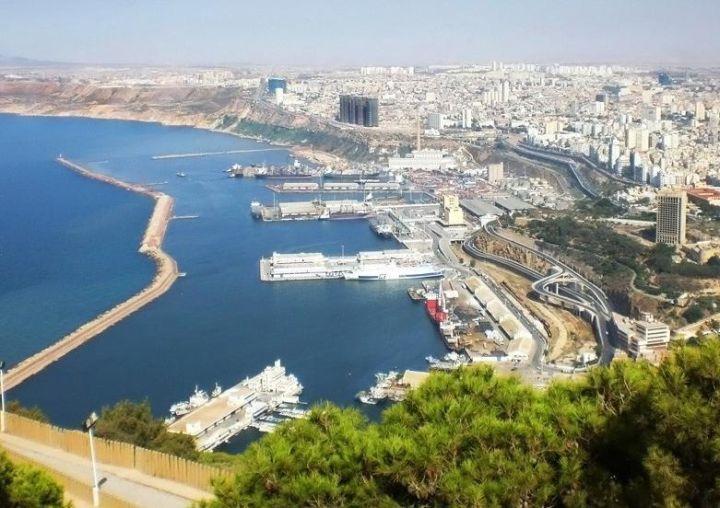 Алжир - це велика африканська держава
