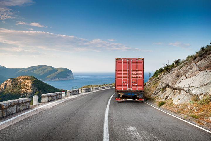 робота водієм вантажного автотранспорту