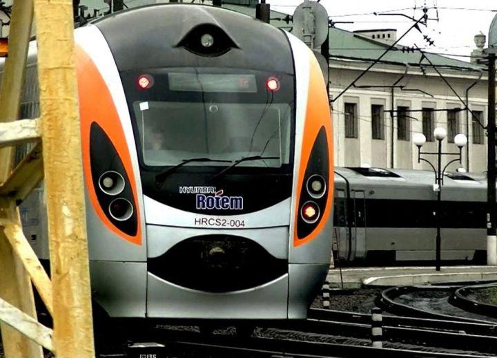 поезд из Перемышля в Одессу